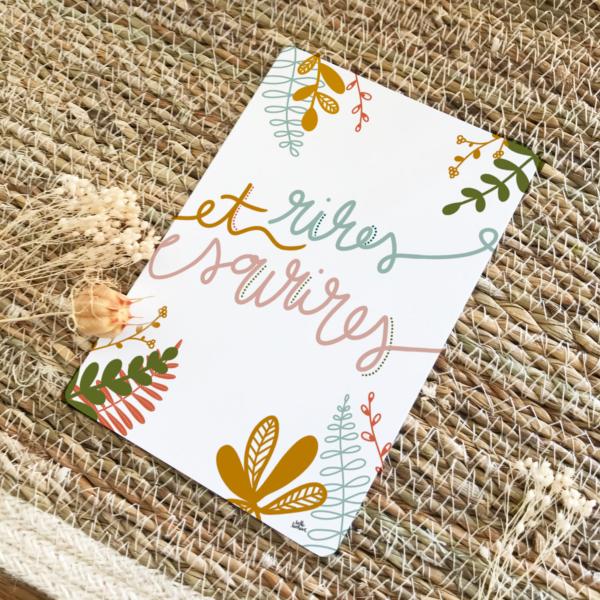 Carte postale positive rires et sourires thème automne terracotta moutarde bleu nuit